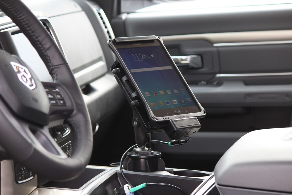 Dock GDS charge vehicule tablette